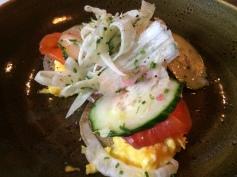saumon mariné, crêpe de sarrasin, oeufs brouillés, fenouil & aneth