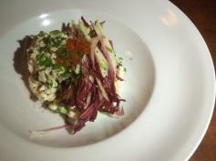 salade d'endives, crevettes nordiques, edamames, oeuf de saumon, pommes vertes, mayonnaise au crabe, citron confit